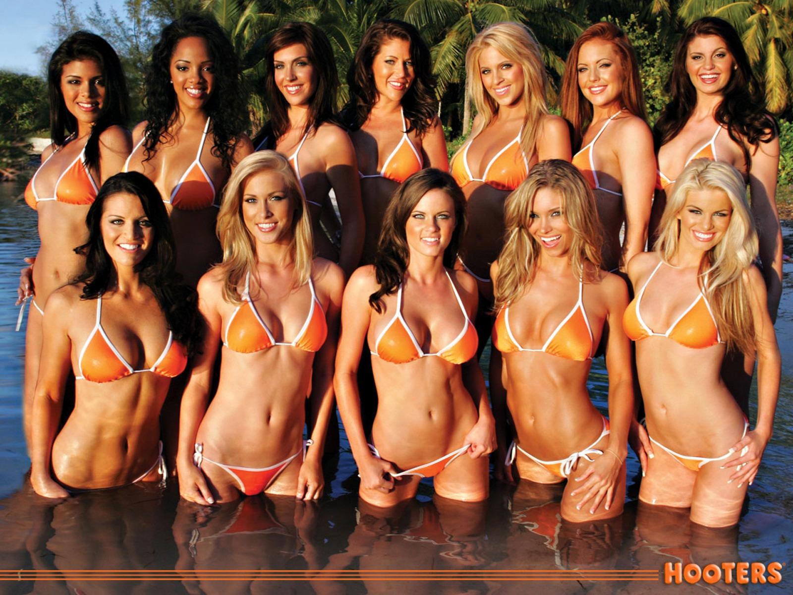 Hooters Calendar Wallpaper : Hd wallpapers hooters girls 1600x1200 hardwallpapers.com